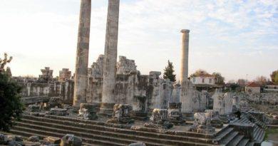 Datça Apollon Tapınağı