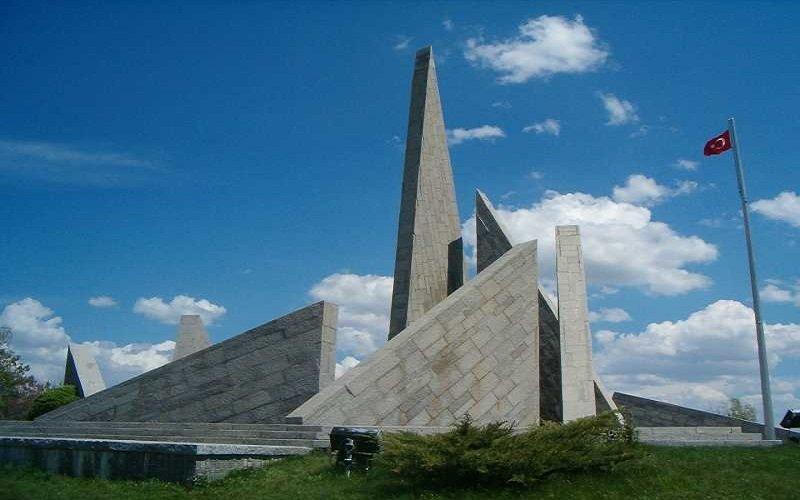 Zafer Anıtı - Kütahya