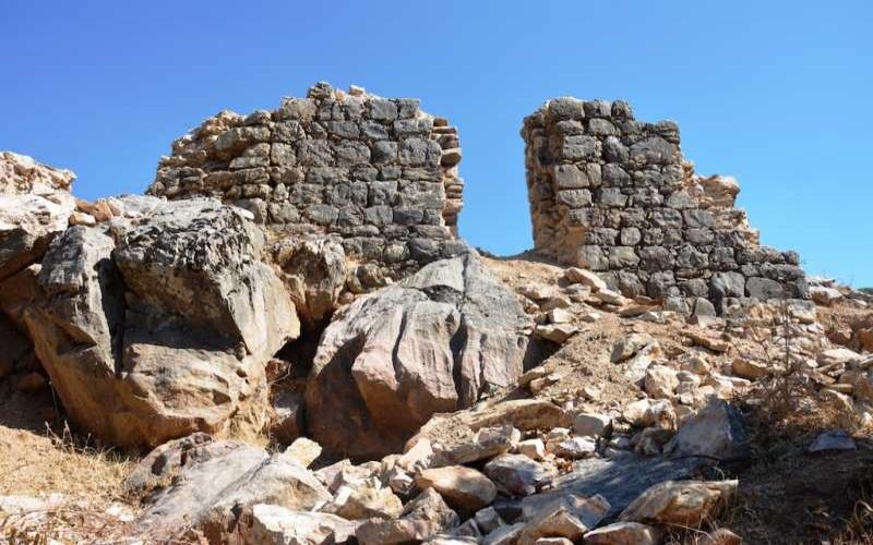 Yezidiya Resimli Kaya Sığınağı Batman