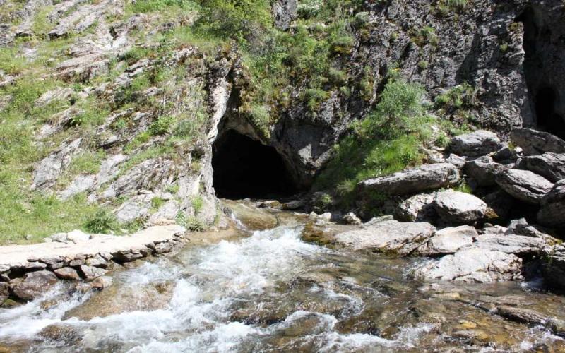 Pınargözü Mağarası Isparta