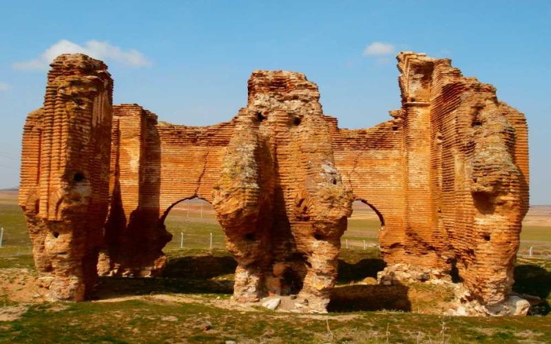 Üçayak Kilisesi Kırşehir