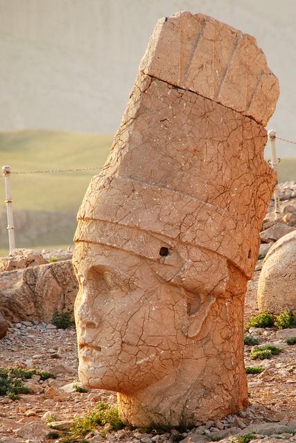 Nemrut Dağı Tümülüs'ünde Ne Var? 5